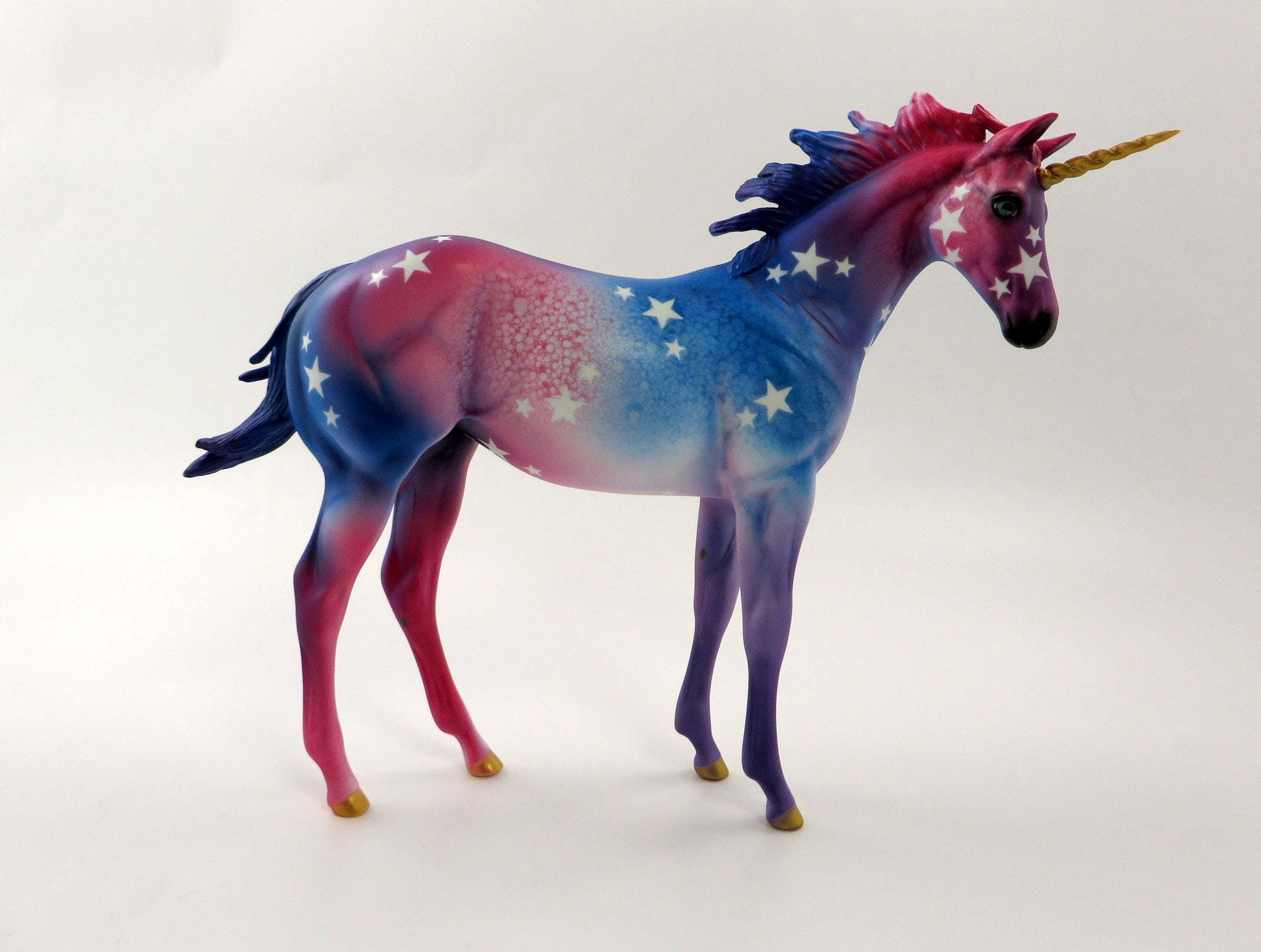ASTRA - LE-30 - PRE-ORDER UNICORN DECORATOR BY DAWN QUICK 5/10/19