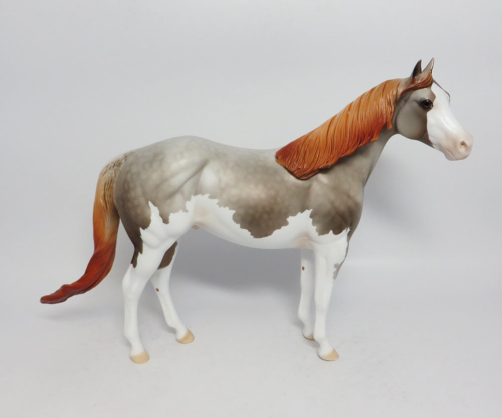 GROUND COVER-LE-4 GREY SPLASH ISH MODEL HORSE BY DAWN QUICK 12/27/17