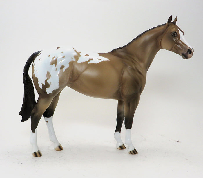 LIMITED EDITION MODEL HORSE