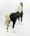 XAVIE~OOAK DAPPLE BLACK ARABIAN MODEL HORSE 2/28