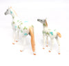 LUCKY & CHARM OOAK DECORATOR ST. PATRICK'S DAY THOROUGHBRED AND FOAL SET 3/10