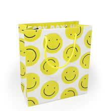 Load image into Gallery viewer, Smiley Gift Bag