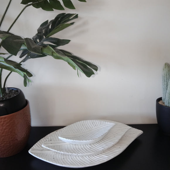White Wooden Leaf  Decor / Plates (Set of 3)