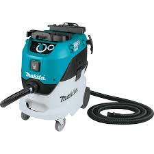 Makita vacuums