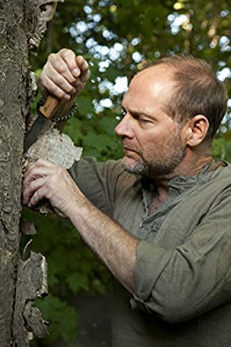 """Survivorman"" Les Stroud uses the Mândra multi-use neck knife by Helle knives"