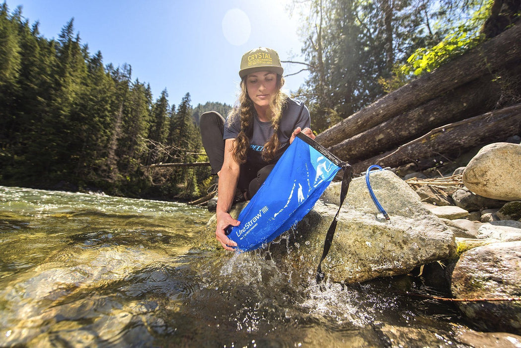 Filling up my LifeStraw Flex filter + 1 Gallon Gravity Bag Survival Water Filtration System in the river
