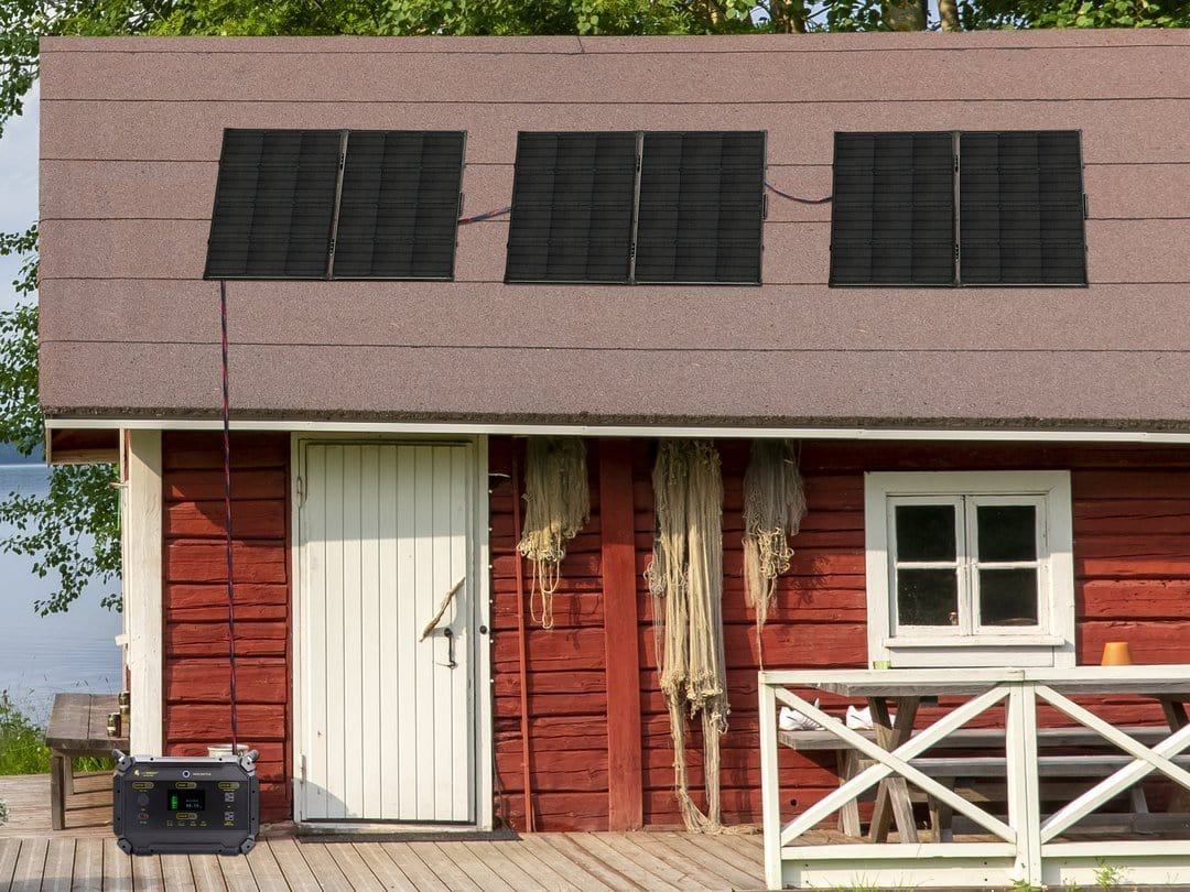 Lion Energy Safari ME 2000W Solar Powered Generator and Solar Panels