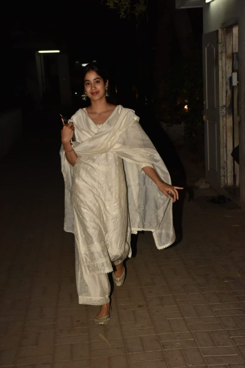Janhvi Kapoor looks like a breath of fresh air in our ivory ensemble