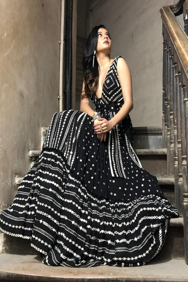Mithila Palkar looks dramatic in our black anarkali
