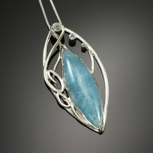 Marquise pendant with Aquamarine