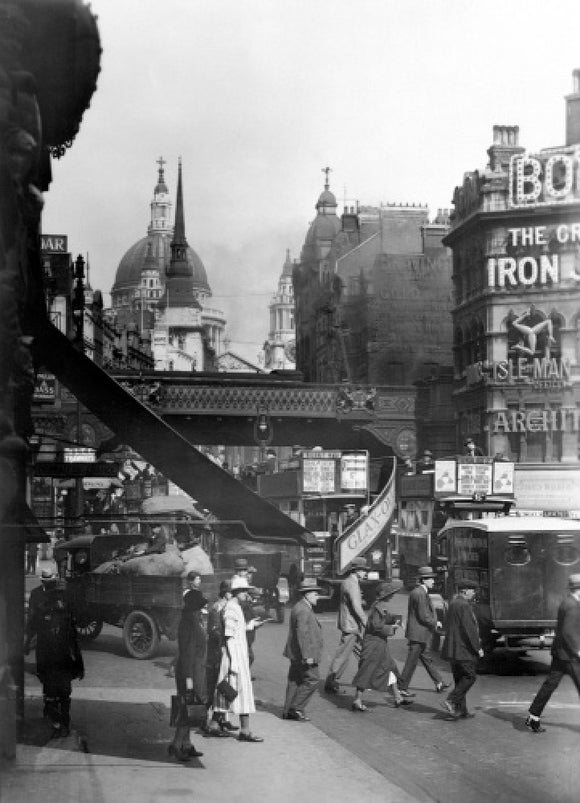 Ludgate Hill from Circus- railway bridge: 20th century