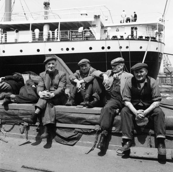 Dockers taking a break: c.1960