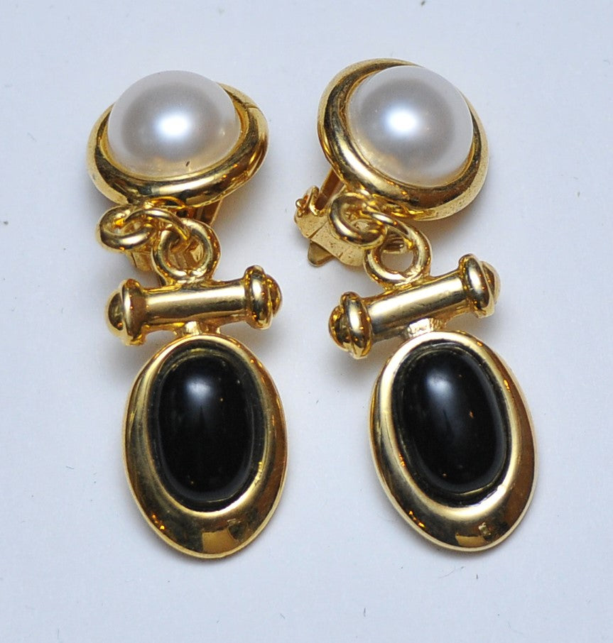 """Black & White"" Pearl Earrings"