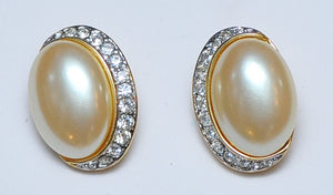 Oval pearl strass earrings