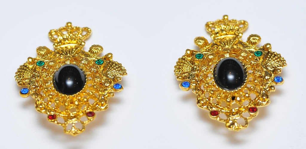 Vintage louis 14 style earrings