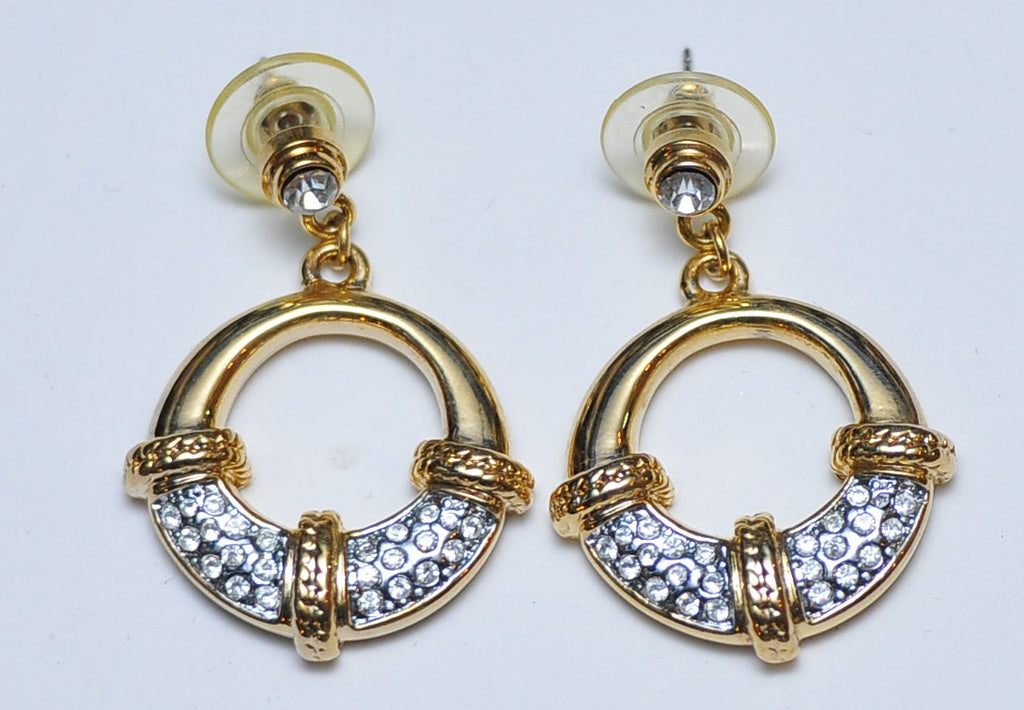 Gold small circle earrings