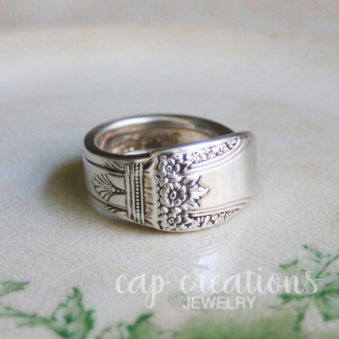 Spoon Ring First Love Size 8.5