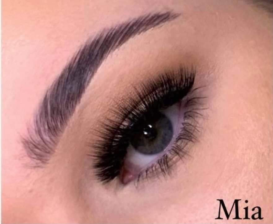 Luxe Strip Lash