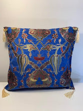 Load image into Gallery viewer, Cotton/Silk Blend Pillow Cover