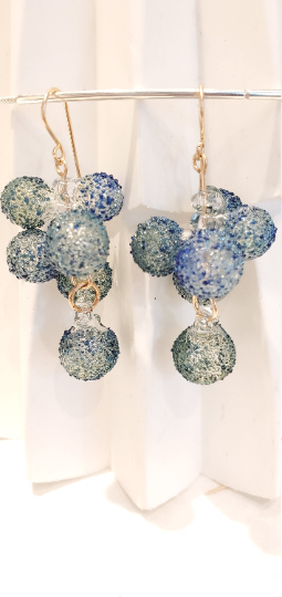 Blue bubbles pyrex cascade earrings