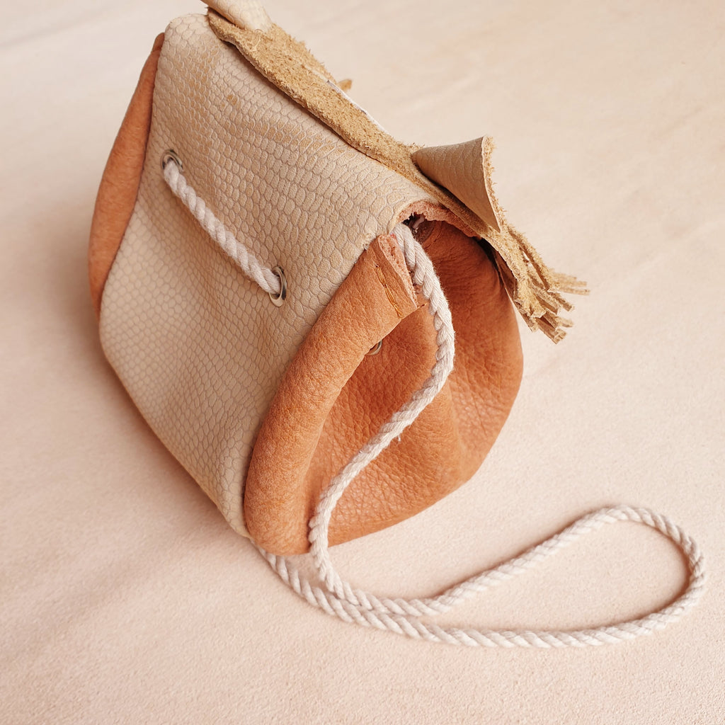 Lion bag - nude/rust - Atelier Ovive