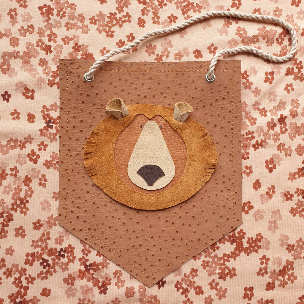 Wall deco Grizzlybear dots