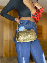 Load image into Gallery viewer, Vintage Shortie Clutch Purse