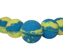 Load image into Gallery viewer, Cosmos Bath Bombs - Lemon Myrtle - Dusty Blend