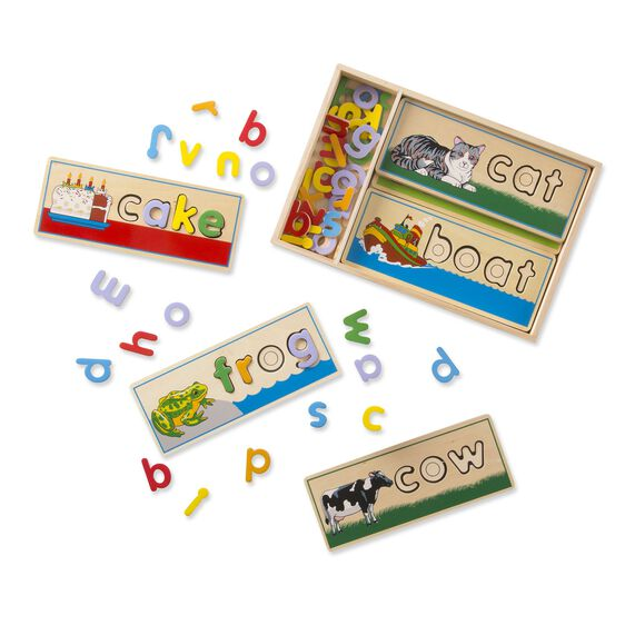 2940 Melissa & Doug See & Spell Learning Toy