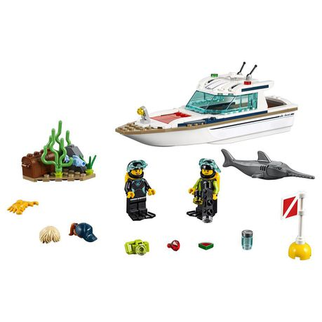 60221 LEGO City Diving Yacht