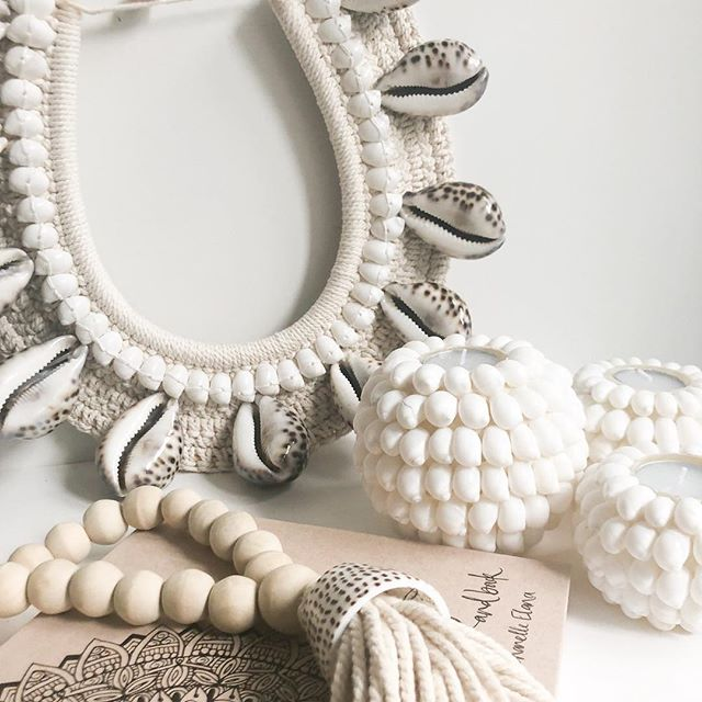 Crochet and Shell Necklace