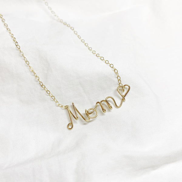 Mom/Mama Necklace