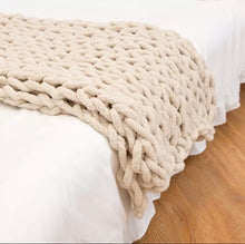 Load image into Gallery viewer, Chunky Knit Blanket - ZZSales