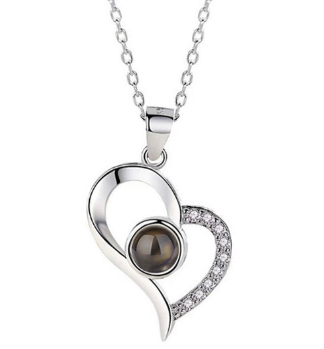 Personalized Heart Photo Projection Necklace With I Love You In 100 Languages - ZZSales