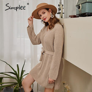 Classic knitted Sweater dress with belt