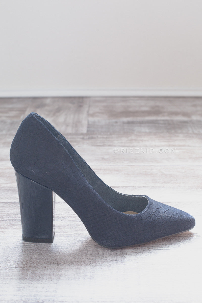 Diorissimo - Indigo Shoes