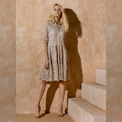 LACE DRESS / ABITO A BALZE IN PIZZO