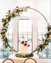 Load image into Gallery viewer, Round Wedding Table Centerpiece