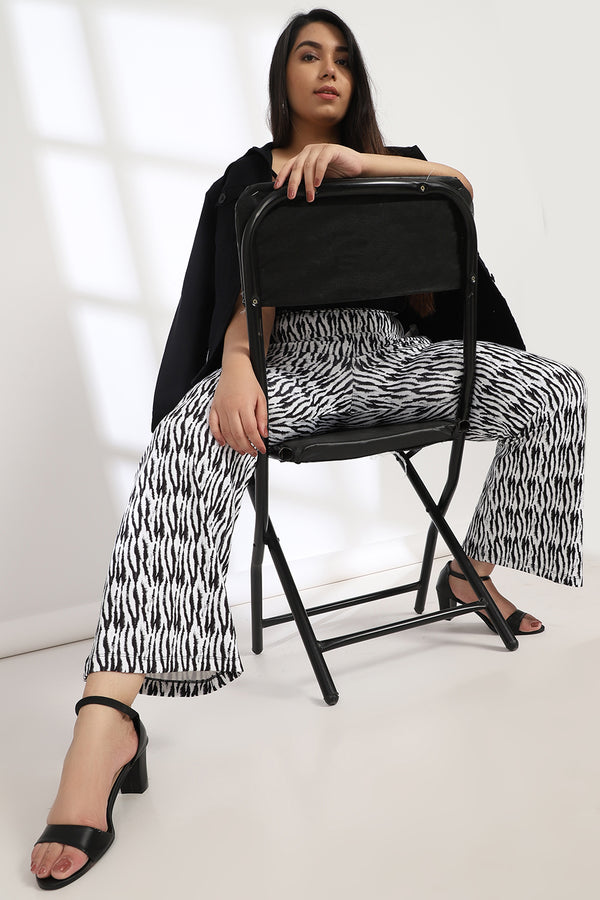 Monochrome Tiger Tummy Shaper Printed Flare Pants