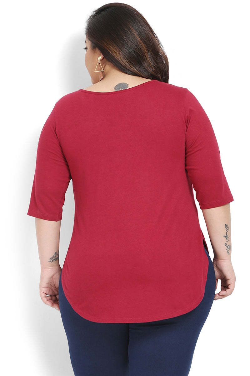 Chilly Red Bird Embroidery Rounded Hemline T Shirt