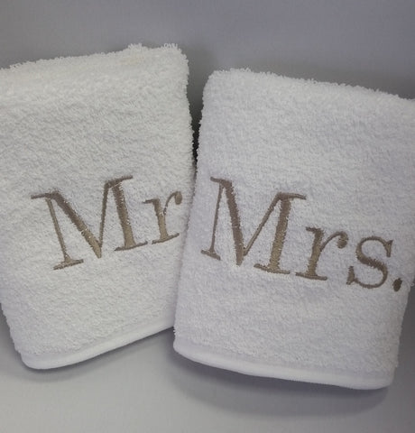 Mr. Mrs. Hand Towel Set