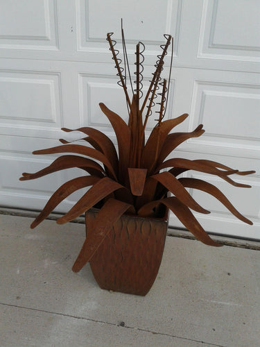 Flower Metal Agave Plant Rust Patina