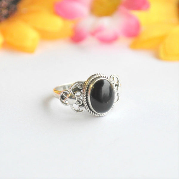 Black Onyx Sterling Silver Ring - Minimum Mouse
