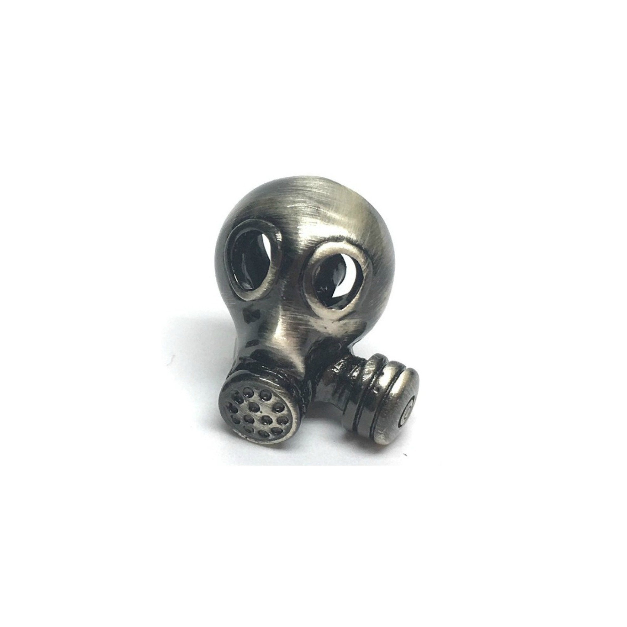 Gas Mask Lapel Pin Badge - Minimum Mouse