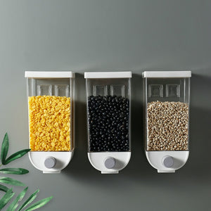 FOOD DISPENSER
