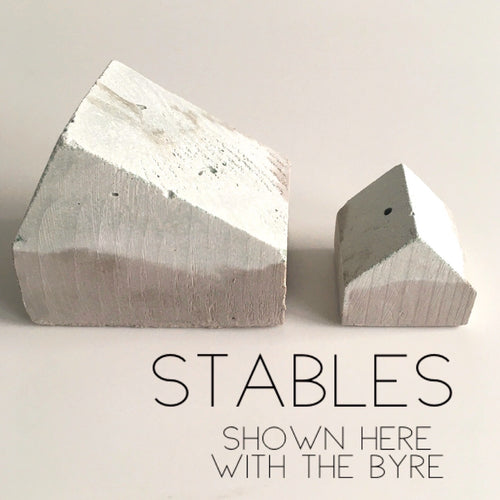 Urban BOTHY : Stables