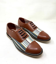 Load image into Gallery viewer, Tan Stripe Brogues