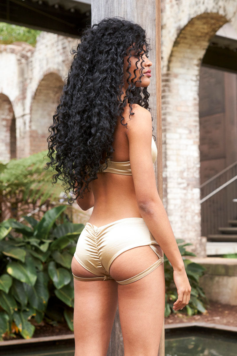 Lure You Low Waist Garter Shorts Gold Luna Polewear