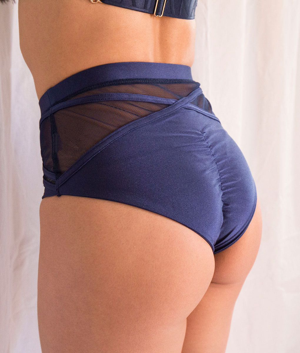 Kabuki Short Navy Tatiana Active Wear