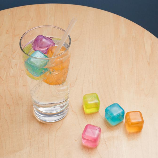 30 Reusable Ice Cubes